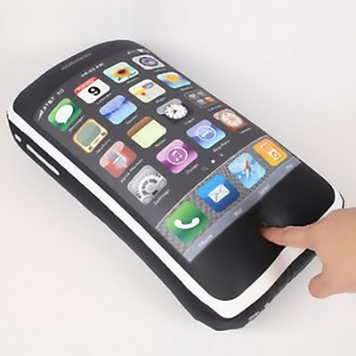 18_iPhone Pillow