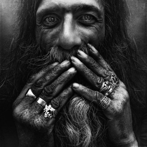 1_Homeless Portraits by Lee Jeffries