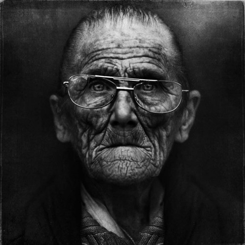 2_Homeless Portraits by Lee Jeffries