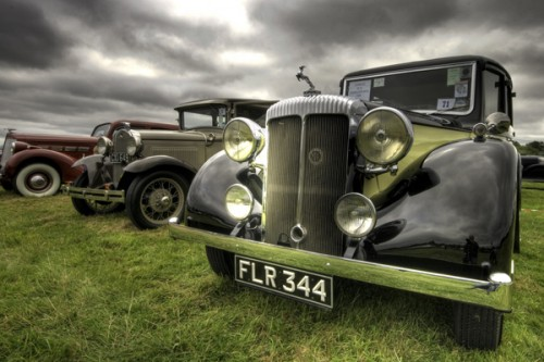 4_Old Style Car HDR Photo