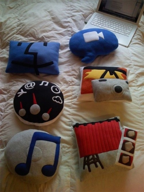 7_Mac OS X Icons Pillows