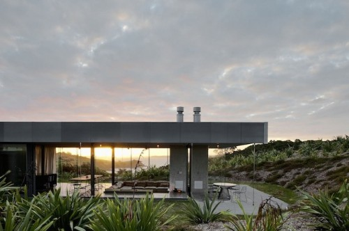 1_Island Retreat by Fearon Hay Architects