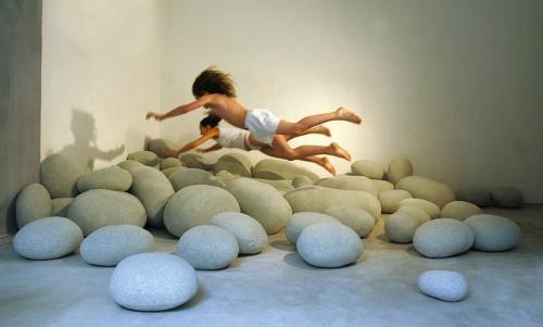 12_Living Stones
